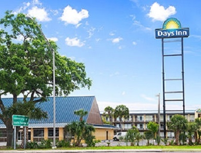 Search-Days-Inn-Tampa-North-Hotel-For-Sale-East-Fletcher-Florida