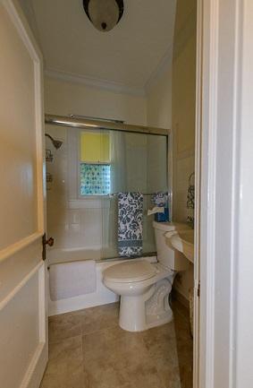Buy-Oleander-Avenue-Palm-Beach-Florida-33480-Multifamily-Properties